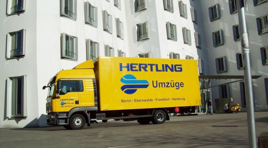 lkw fahrer stellenangebote 60437 frankfurt am main hertling umz ge lagerung job 5015. Black Bedroom Furniture Sets. Home Design Ideas